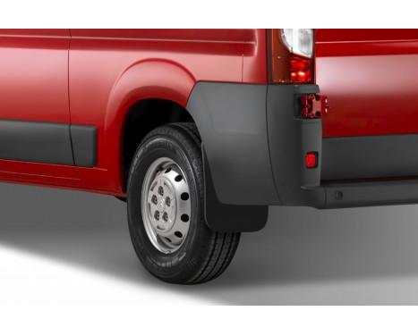 Mud flaps Rear CITROEN Jumper / PEUGEOT Boxer (with wing arch expander), Image 2
