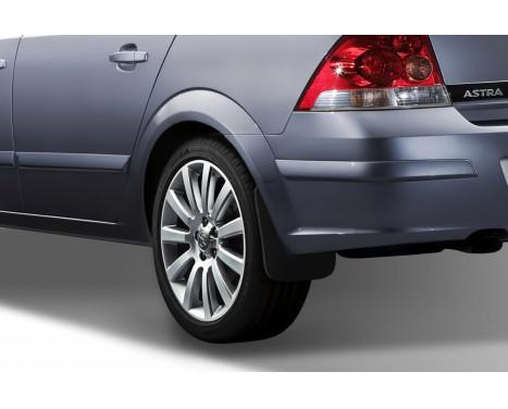 Mudflap kit rear Opel Astra H sedan 2007->, Image 2