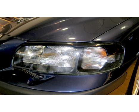 Headlight Spoilers Volvo S60 / V70 2000-2004 (ABS), Image 2