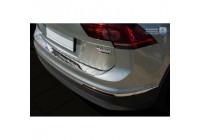 RVS rear bumper protector Volkswagen Tiguan II 2016- 'Ribs'