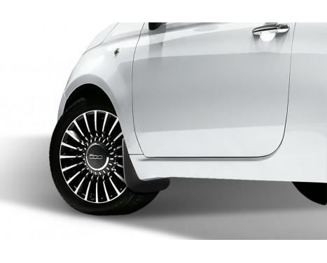 spatlappenset (mudflaps) front FIAT 500, 2007-2011 2pcs., Afbeelding 2