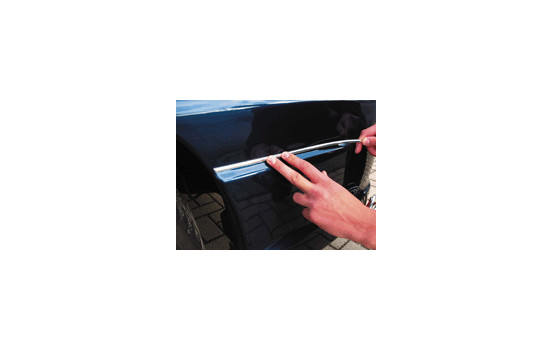 Bande chromée autocollante universelle - largeur 12 mm / longueur 8 mètres