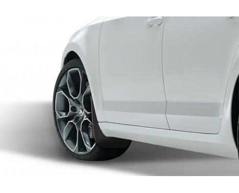 Mudguard set front SKODA OCTAVIA Sedan 2013-> 2 st, bild 2