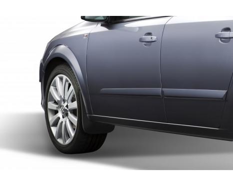 Stänkskydd fram Opel Astra H, sed, 2007->, bild 2